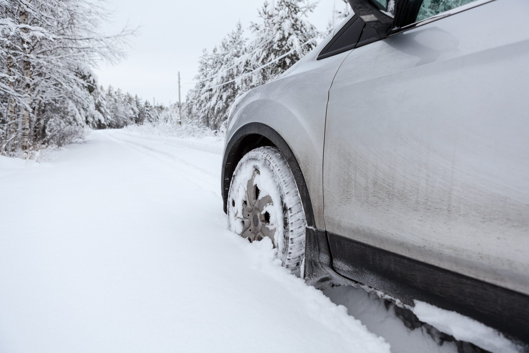How to get your vehicle unstuck from snow | Kitchener Auto Parts