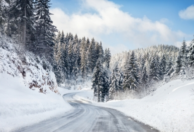 Safe driving tips for snow from Logel's Auto Parts in Kitchener